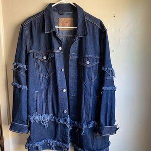 Vintage Levi's Dark Wash Distressed Jean Jack
